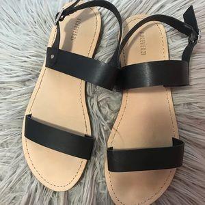 Foreve 21 sandals